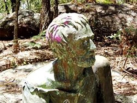Edward John Eyre Statue