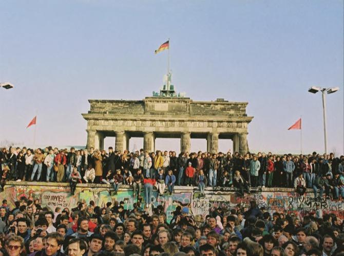 Brandenburg Gate Reopens